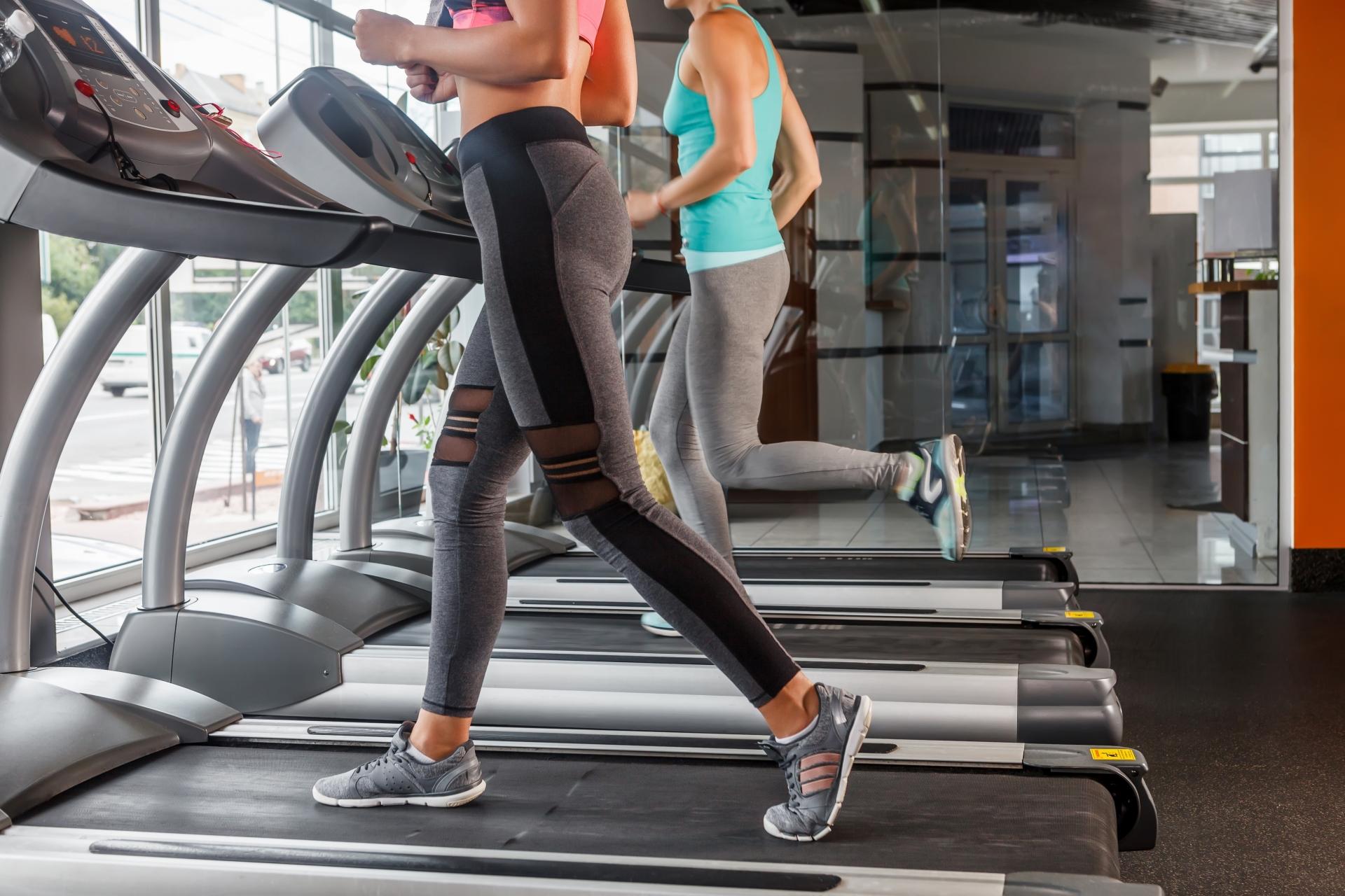 運動やスポーツの後はアクエリアス